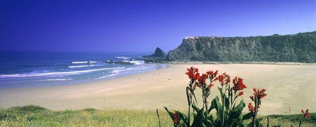 csm_Algave_Costa_Vincenca_c__Antonio_Sacchetti_Turismo_of_Portugal_6a5c4d4da5_20180427.jpg