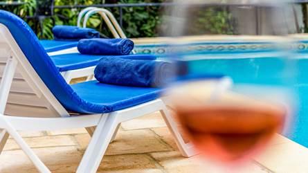 rent,holiday rentals,villa,pool,holiday,family,beach