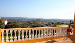 Stunning 6-bed estate ideal for rural tourism - excellent investment opportunity