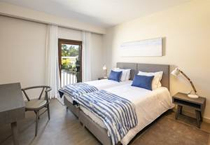 Welcome to Vale de Milho Village – 2 and 3-bedroom townhouses with private pool