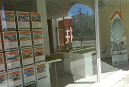 GOLF PROPERTY STORE OPENS COMMERCIAL OFFICE IN LA TORRE TOWN CENTRE!
