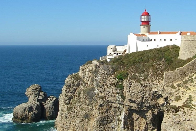 Discover the most beautiful corners of the Algarve