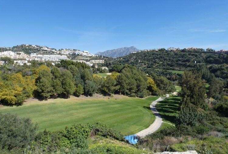 Superb brand new villa front line golf