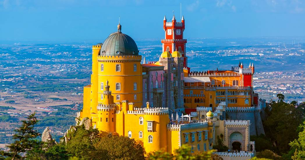 Brits, Germans or French… who visits Portugal the most?