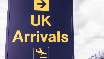 British tourists are welcomed back to the Algarve!