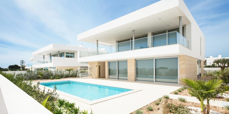 buy a house in portugal
