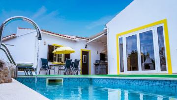 4 Bedroom Villa Back on the Market in Paderne! 🎉