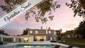 Flash Algarve Luxury Holiday Giveaway! Give a Child & Yourself a Stunning Smile! 😍😃🎁